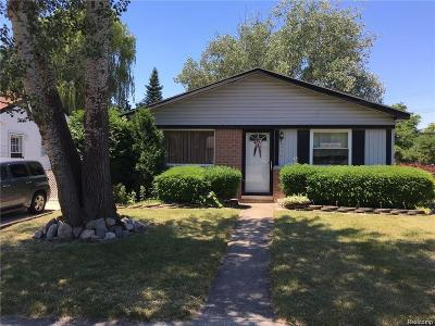 Westland Single Family Home For Sale: 5975 N Crown