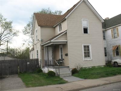 Pontiac Single Family Home For Sale: 359 N Perry Street