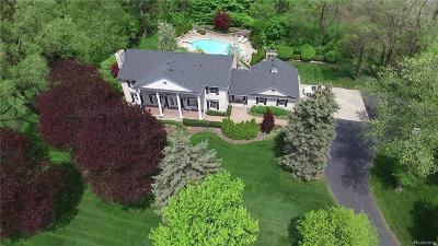 Bloomfield Twp Single Family Home For Sale: 1080 Dowling Road