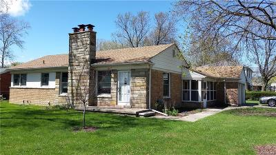 Livonia Single Family Home For Sale: 30920 Schoolcraft Road