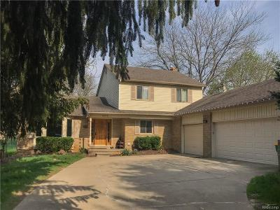 Novi Single Family Home For Sale: 24570 Dinser Drive