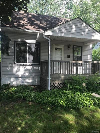 Berkley Single Family Home For Sale: 3036 Robina Avenue