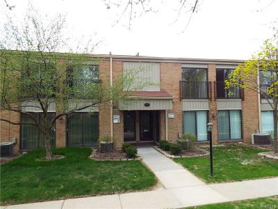 Livonia Condo/Townhouse For Sale: 18149 University Park Drive