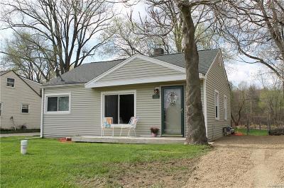 Brandon Twp Single Family Home For Sale: 409 E Glass Road