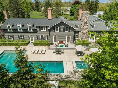 Bloomfield Twp Single Family Home For Sale: 5653 Shadow Lane