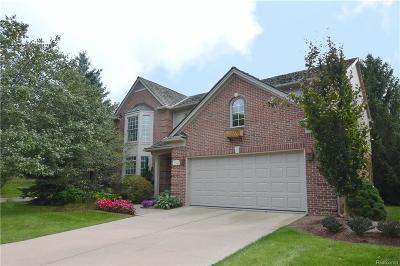 Bloomfield Twp Condo/Townhouse For Sale: 1005 Glenwood Court