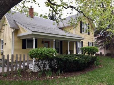 MACOMB Single Family Home For Sale: 49124 Romeo Plank Road