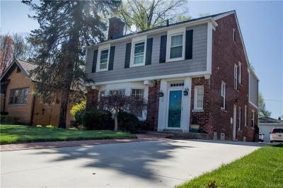 Pleasant Ridge Single Family Home For Sale: 15 Hanover Road