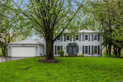 BLOOMFIELD Single Family Home For Sale: 1983 Fox River Drive