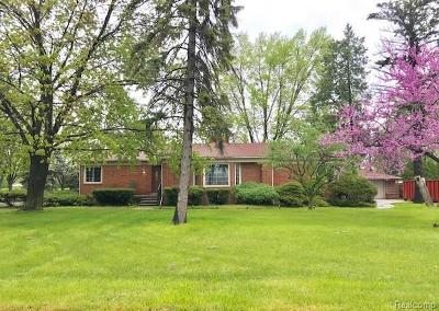 Livonia Single Family Home For Sale: 35564 Schoolcraft Road