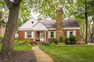 Royal Oak Single Family Home For Sale: 3014 Shenandoah Drive
