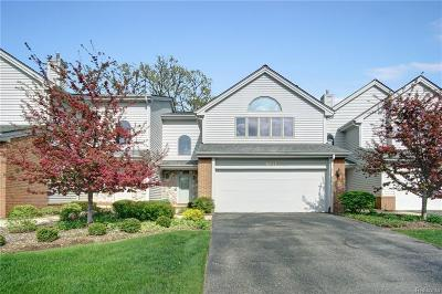 Independence Twp MI Condo/Townhouse For Sale: $219,900