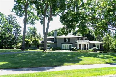 Bloomfield Twp Single Family Home For Sale: 1580 Tottenham Road