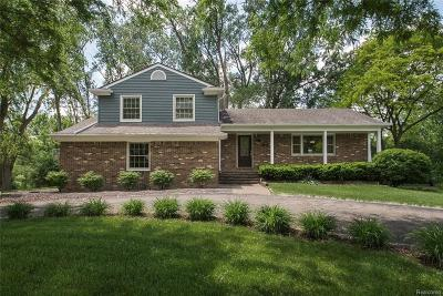 Farmington Hills Single Family Home For Sale: 20909 Westfarm Lane