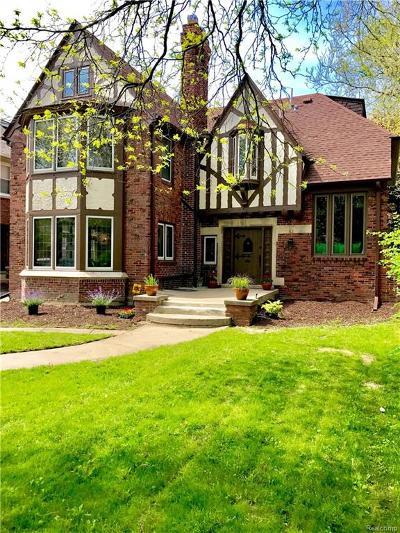 Detroit Single Family Home For Sale: 2224 W Boston Boulevard