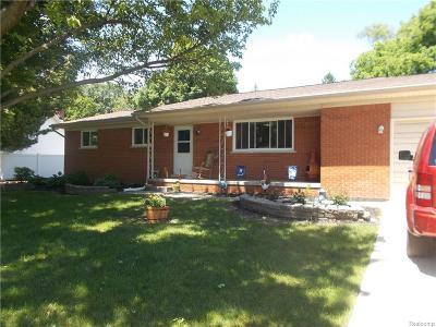Washington Twp Single Family Home For Sale: 11524 Londonderry Drive