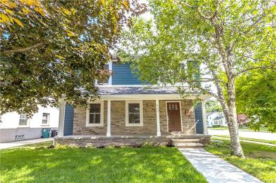 Royal Oak Single Family Home For Sale: 902 Woodsboro Drive