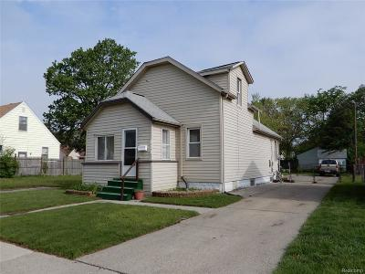 Hazel Park Single Family Home For Sale: 421 N Felker Avenue