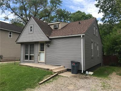 Farmington Hills Single Family Home For Sale: 21455 Averhill Street