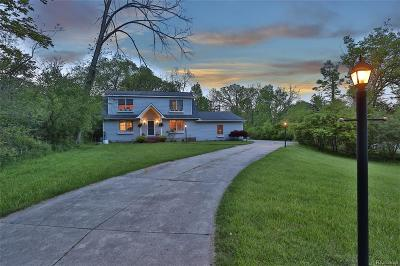 Grosse Ile, Grosse Ile Twp Single Family Home For Sale: 8356 Rucker Road