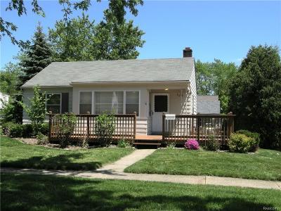 Berkley Single Family Home For Sale: 2618 Phillips Avenue