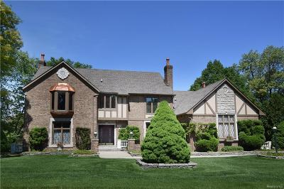 Rochester Hills Single Family Home For Sale: 3310 Greenspring Lane