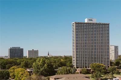 Detroit Condo/Townhouse For Sale: 1300 Lafayette #701