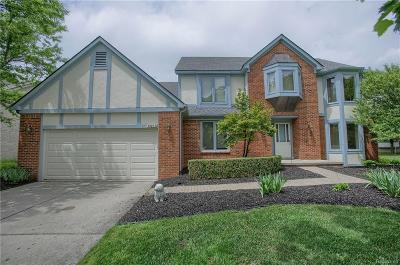 Farmington Hills Single Family Home For Sale: 30833 Mystic Forest Drive