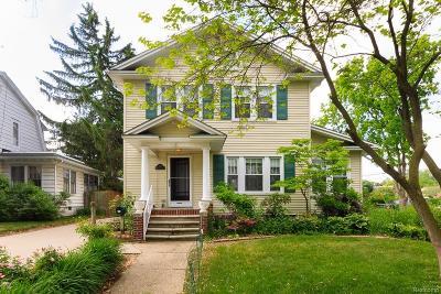 Royal Oak Single Family Home For Sale: 519 W Hudson Avenue