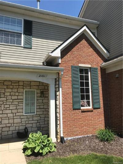 Shelby Twp MI Condo/Townhouse For Sale: $165,000