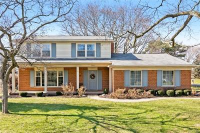 Bloomfield Twp Single Family Home For Sale: 2604 Brady Drive