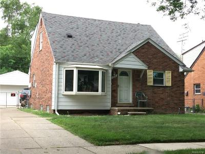Oakland County, Macomb County, Wayne County Single Family Home For Sale: 5624 Madison Street