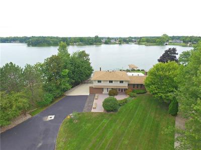 Van Buren Twp Single Family Home For Sale: 42494 E Huron River