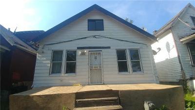 Macomb County, Oakland County, Wayne County Single Family Home For Sale: 8211 Traverse Street
