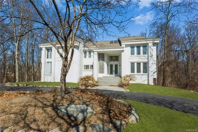 West Bloomfield, West Bloomfield Twp Single Family Home For Sale: 7028 Lakemont Circle