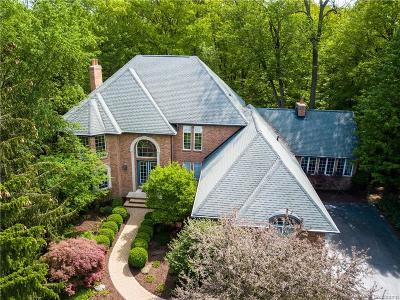 West Bloomfield, West Bloomfield Twp Single Family Home For Sale: 7573 Knoll Crest Drive