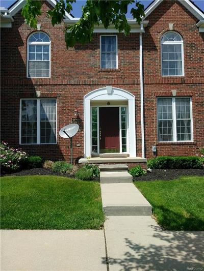 Novi Condo/Townhouse For Sale: 41706 Brownstone #43