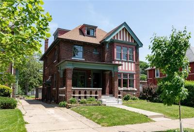 Detroit Single Family Home For Sale: 1714 Seyburn Street