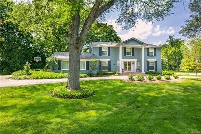 Bloomfield Hills Single Family Home For Sale: 2491 Hunt Club Drive