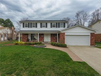 Rochester Hills Single Family Home For Sale: 3144 Tamarron Drive
