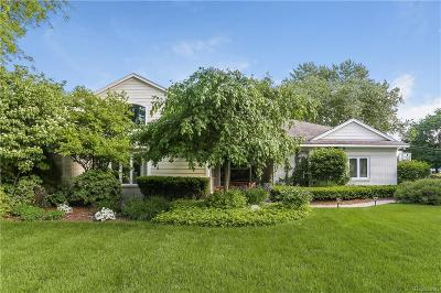 Bloomfield Twp Single Family Home For Sale: 3641 Berkshire Drive