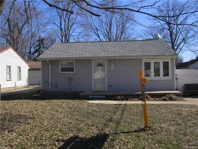 Taylor Single Family Home For Sale: 13837 Syracuse Street