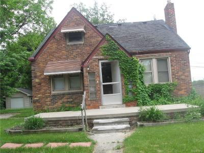 Livonia Single Family Home For Sale: 20411 Antago Street