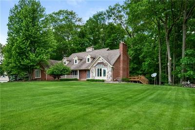 Milford Twp Single Family Home For Sale: 4212 W Buno Road