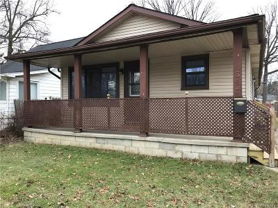 Hazel Park Single Family Home For Sale: 363 W Maxlow Avenue
