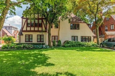 Detroit Single Family Home For Sale: 2250 Seminole Street