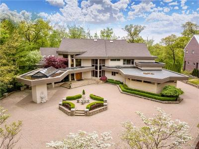 Bloomfield Twp Single Family Home For Sale: 1555 Lone Pine Road