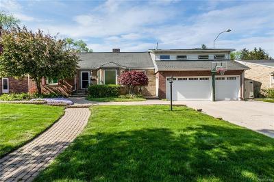 Royal Oak Single Family Home For Sale: 419 Englewood Avenue