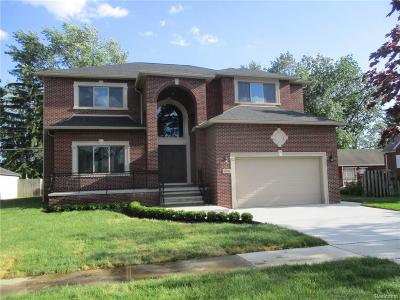 Dearborn Heights Single Family Home For Sale: 25035 Hass