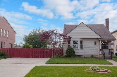 Dearborn MI Single Family Home For Sale: $169,900
